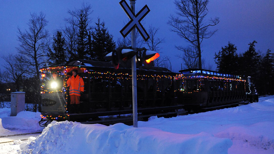 A Portage Flyer Christmas - Evening Train Ride to Santa