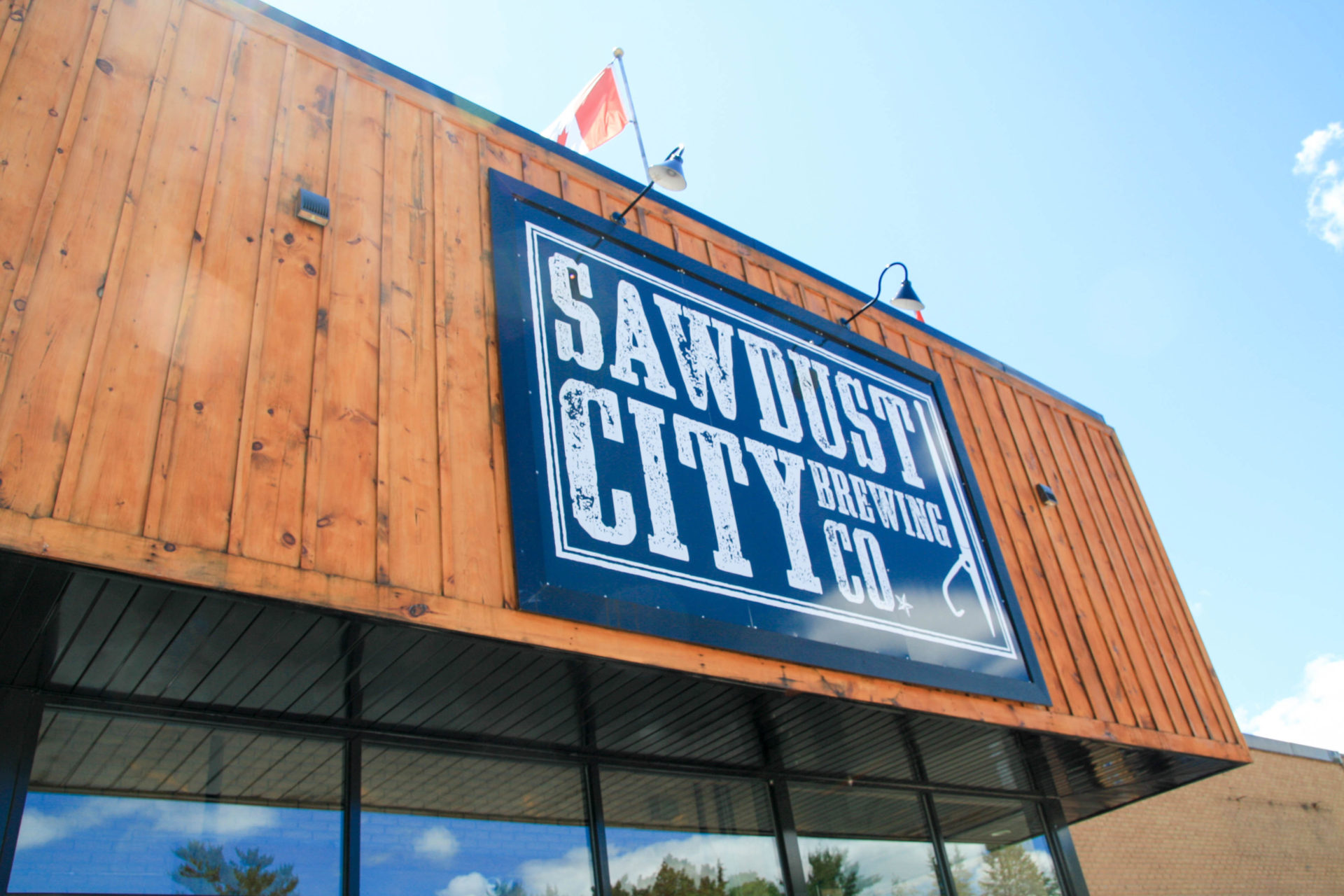 Sawdust City Saloon Now Features Ronnie's Woodfire Pizza