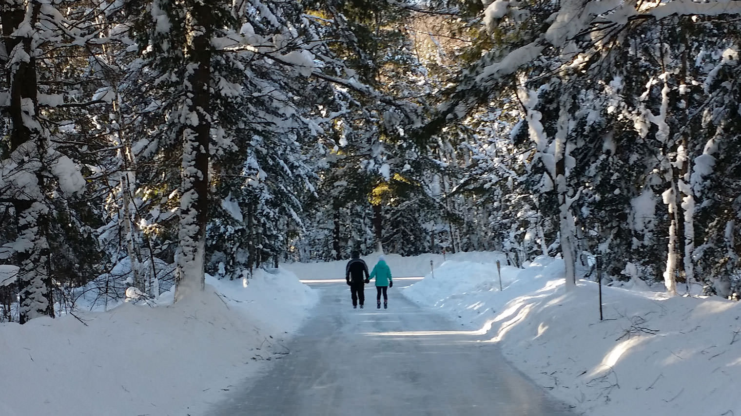 Arrowhead Provincial Park Ice Skating Trail is Open